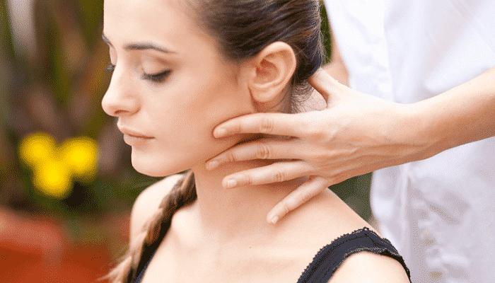 masajes para torticolis